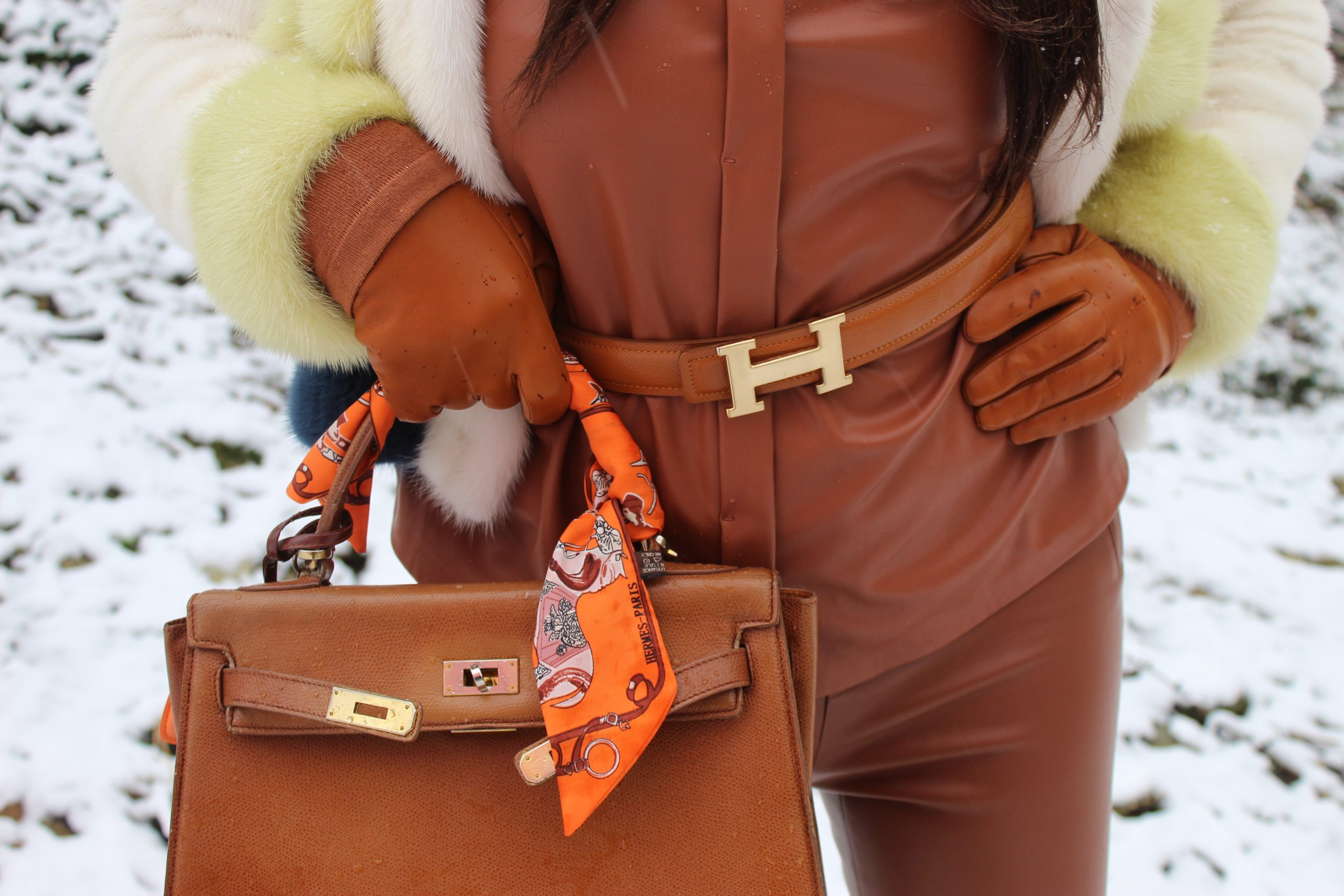 fur jacket winter trend leather outfit hermes bag hermes belt Paola Lauretano