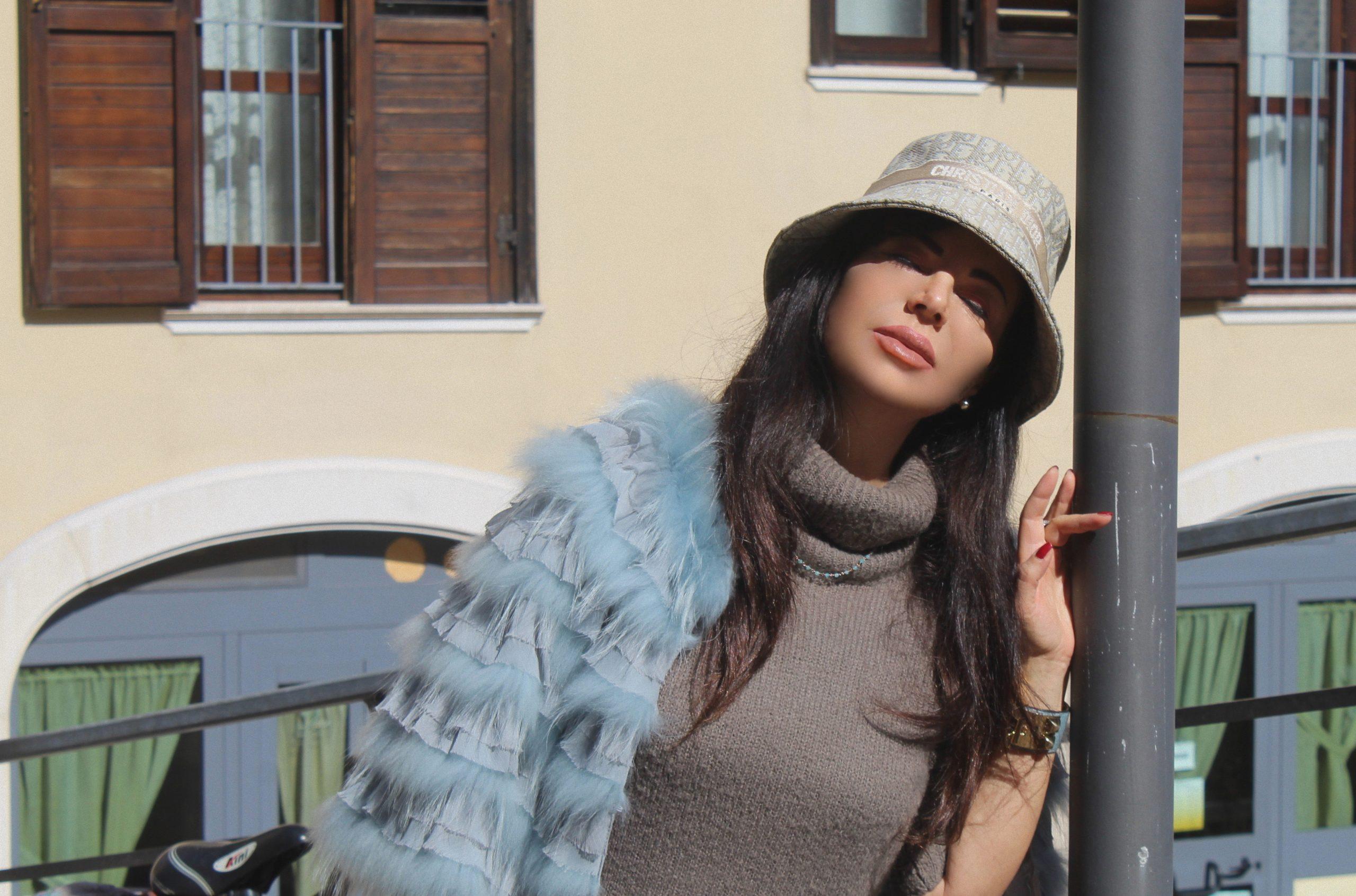 spring color total look Paola Lauretano Valentino Dior Hermes Accessories