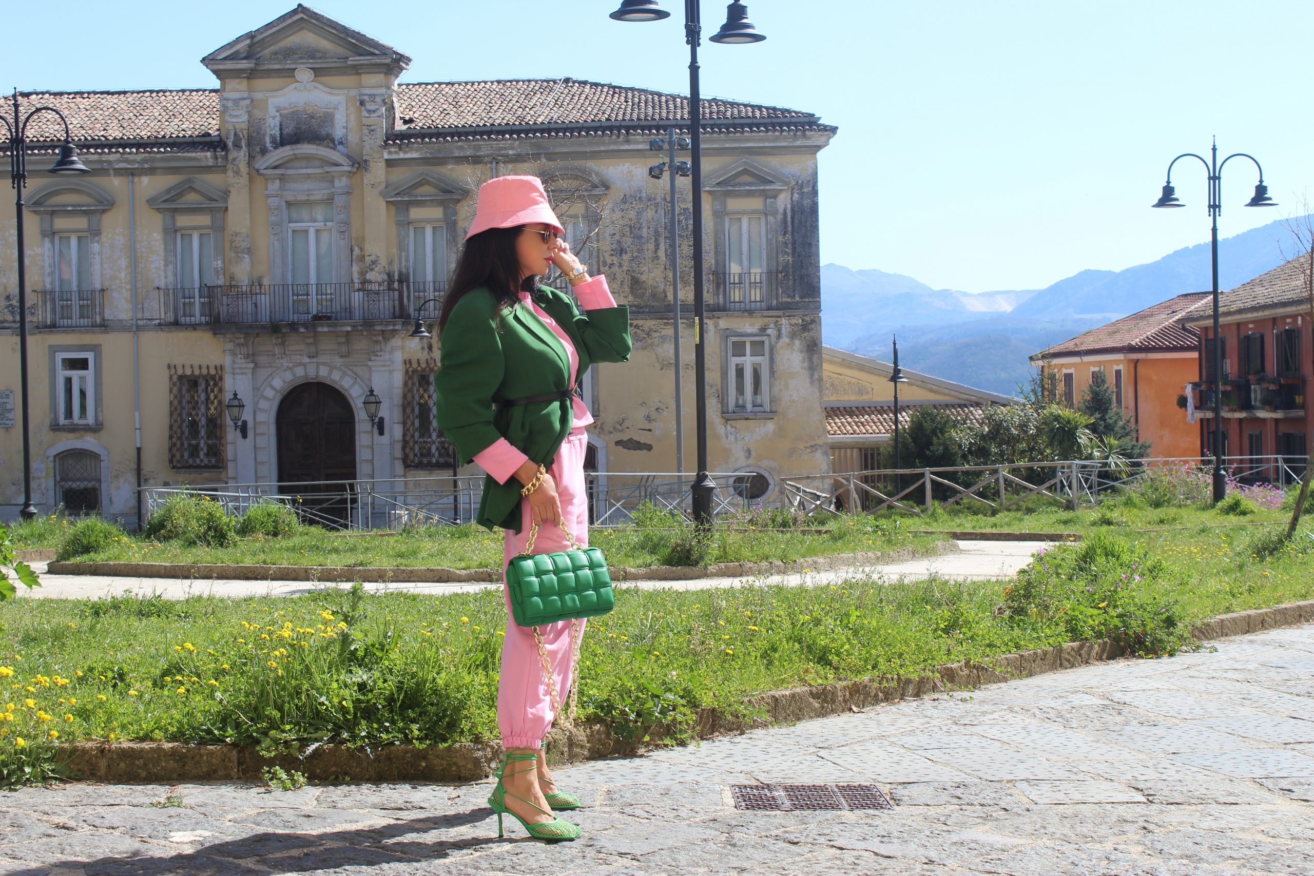 Baby pink and dark green color block spring Prada Shoes outfit 2021 Paola Lauretano