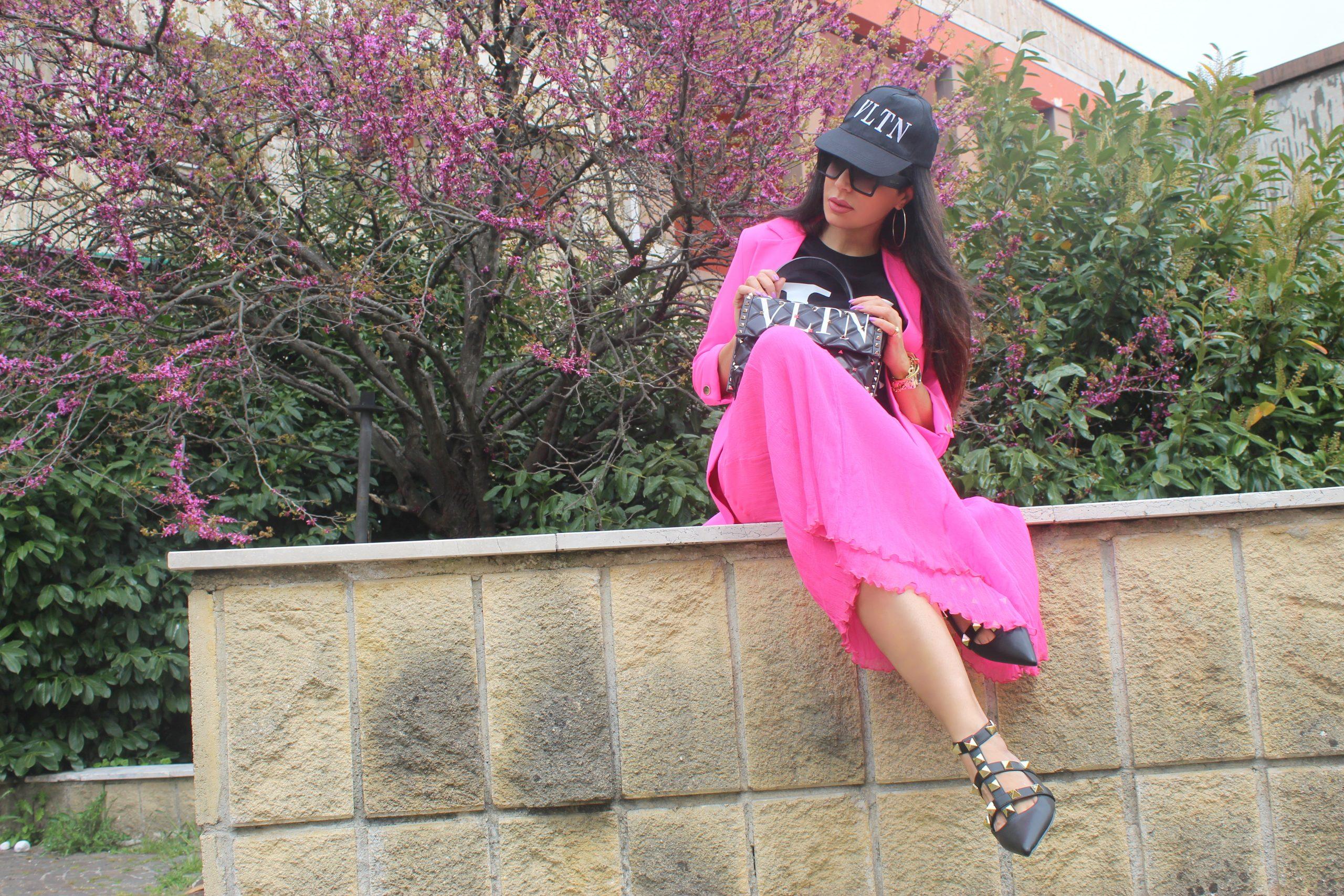 Hot Pink Neon Bright Colours Spring Trend 2021 Valentino Accessories Paola Lauretano