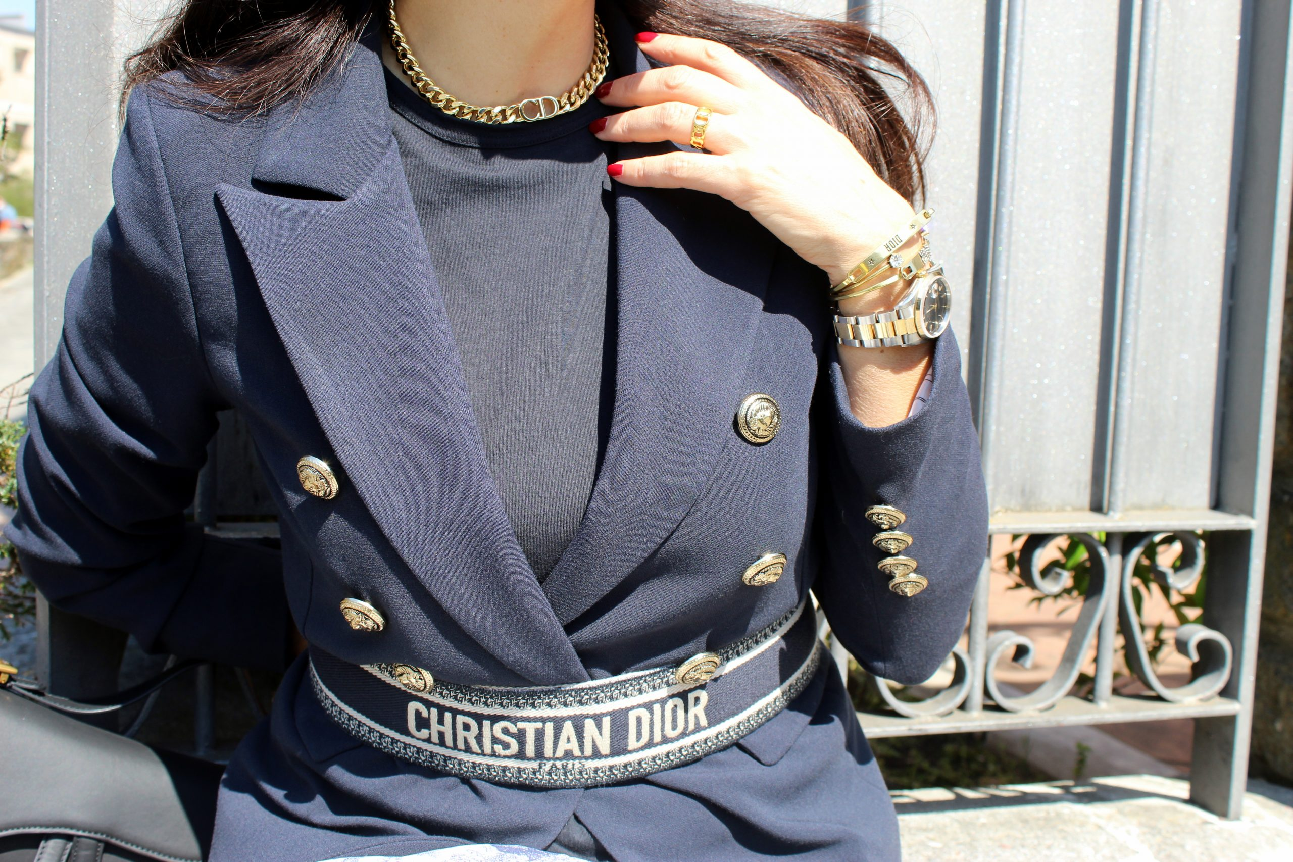 blue navy look Dior details dior belt shoes look Paola Lauretano