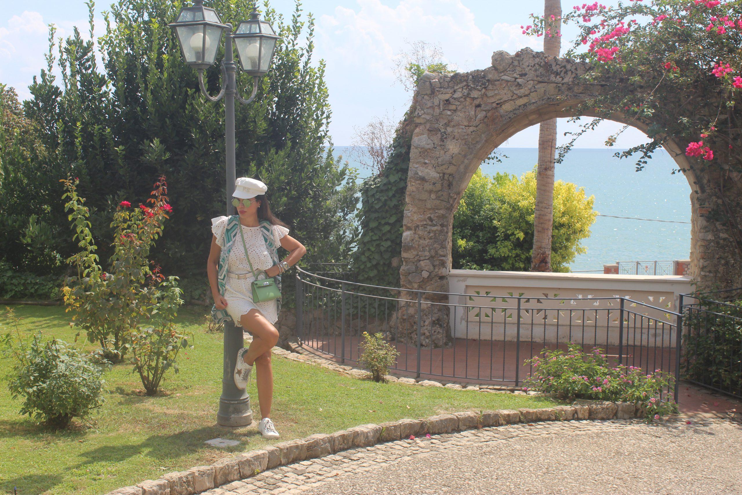 Travel in Italy Visit Gaeta Summer Vacation Cozy Lookbook JIJIL gilet e tuta  RUSLAN Paola Lauretano