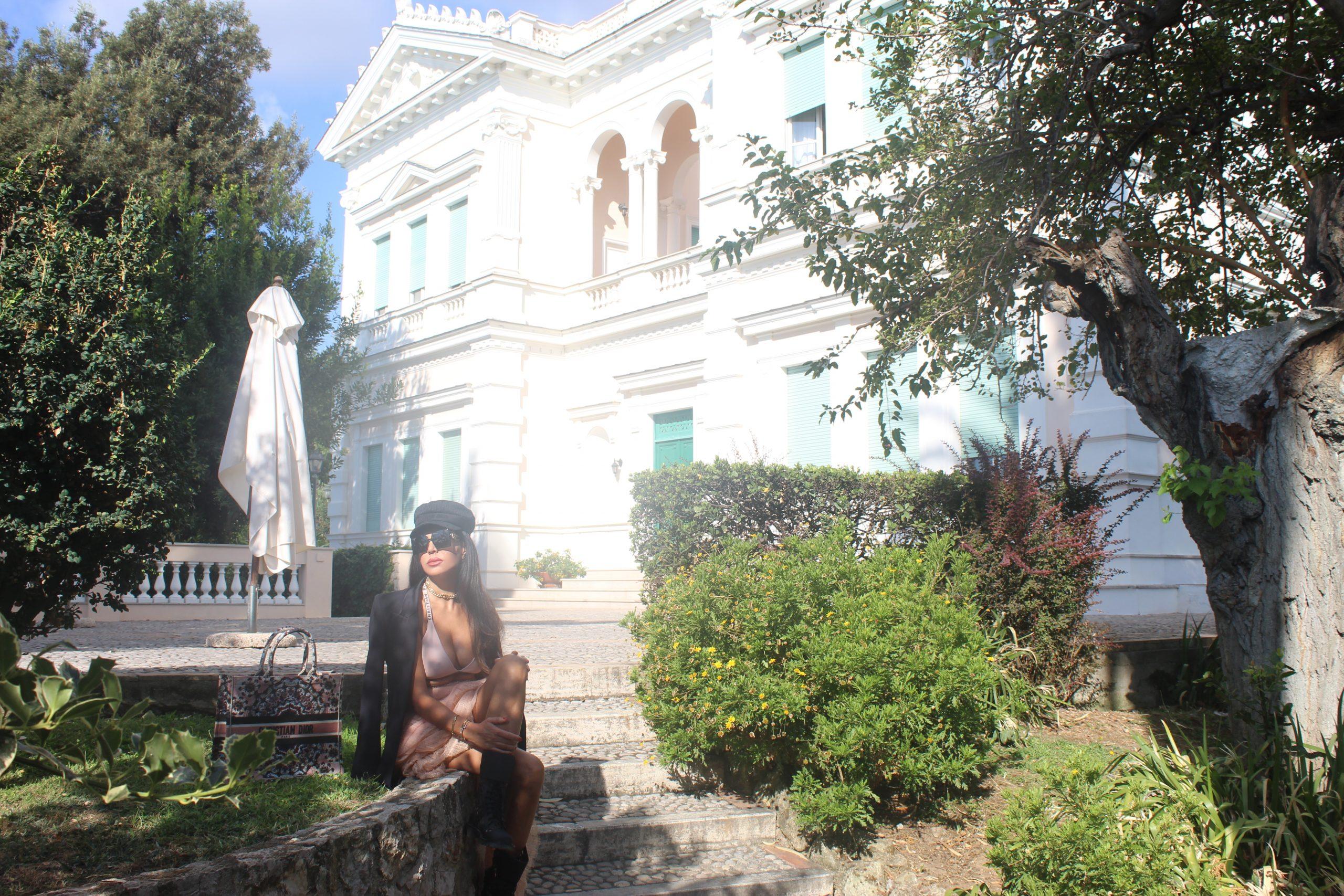 Italian summer staycation Gaeta Visit Italy Travelblog Travelblogger SIMONA CORSELLINI blazer  CRISTINAEFFE skirt DIOR set accessories Paola Lauretano